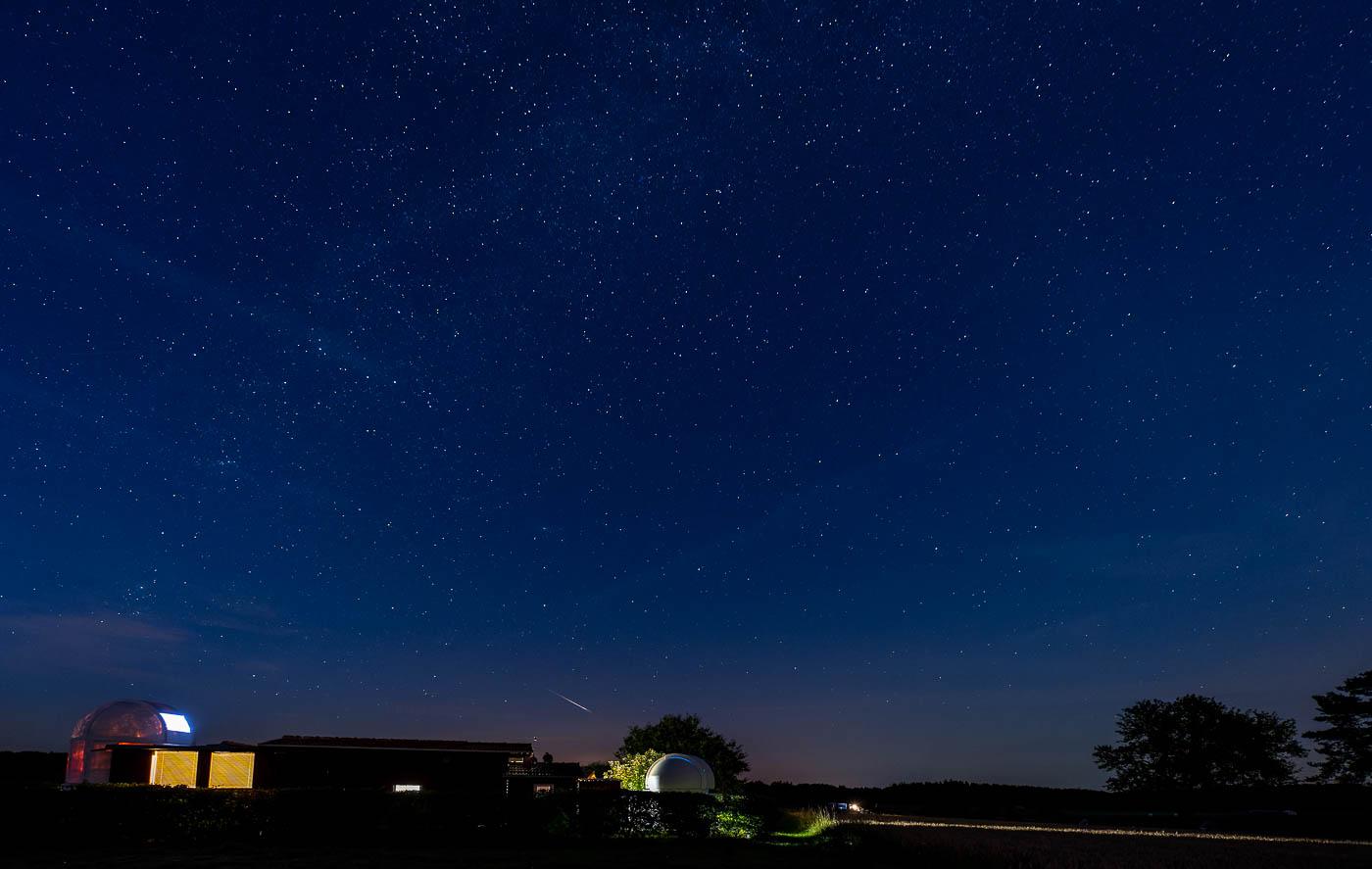 Sternschnuppe über der Sternwarte Weisbach